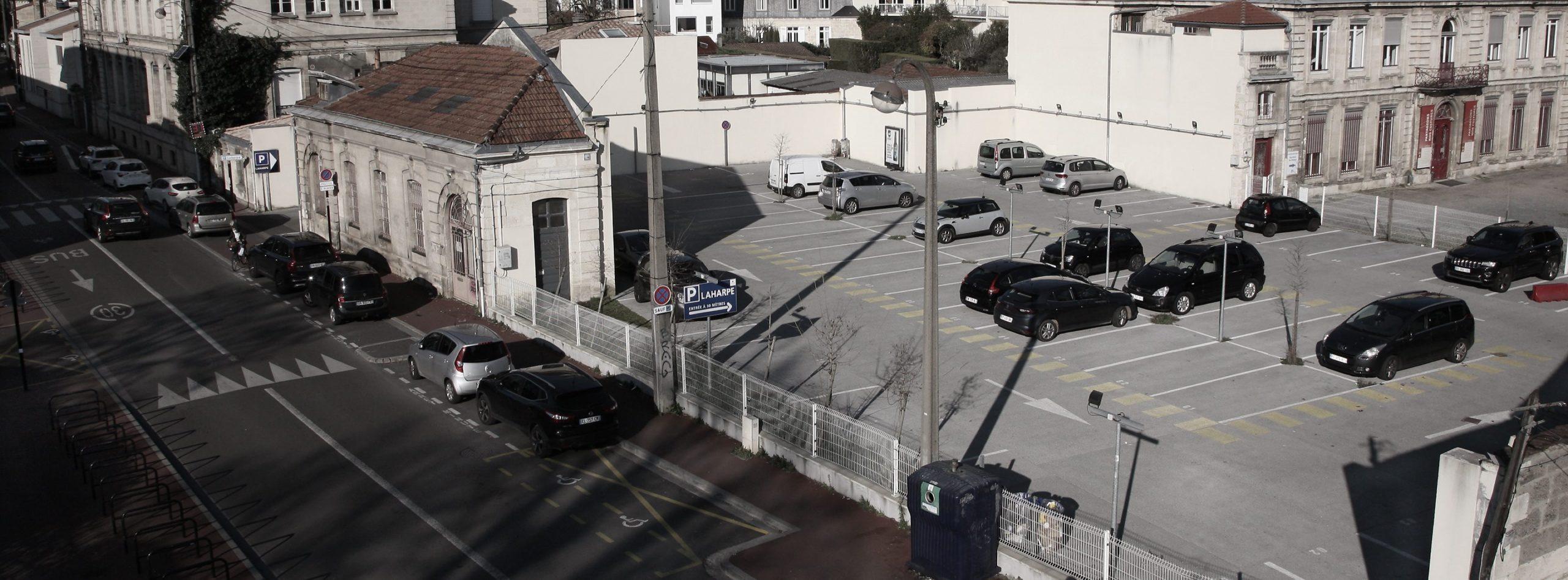 Garez-vous au parking La Harpe METPARK au Bouscat proche des boulevards et du parc Bordelais, près de la barrière du Médoc de Bordeaux.