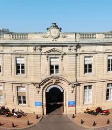 Photo Haut-Relief Hôpital Saint André Bordeaux